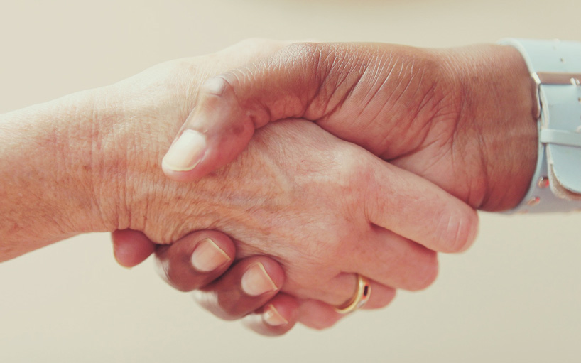offer incentive for tenant to renew their lease